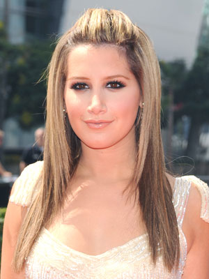 Ashley_Tisdale+Sept_13_2008.jpg